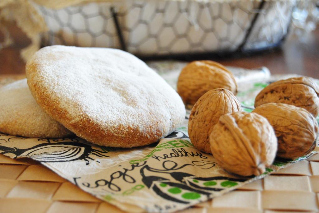 Pane arabo con pasta madre