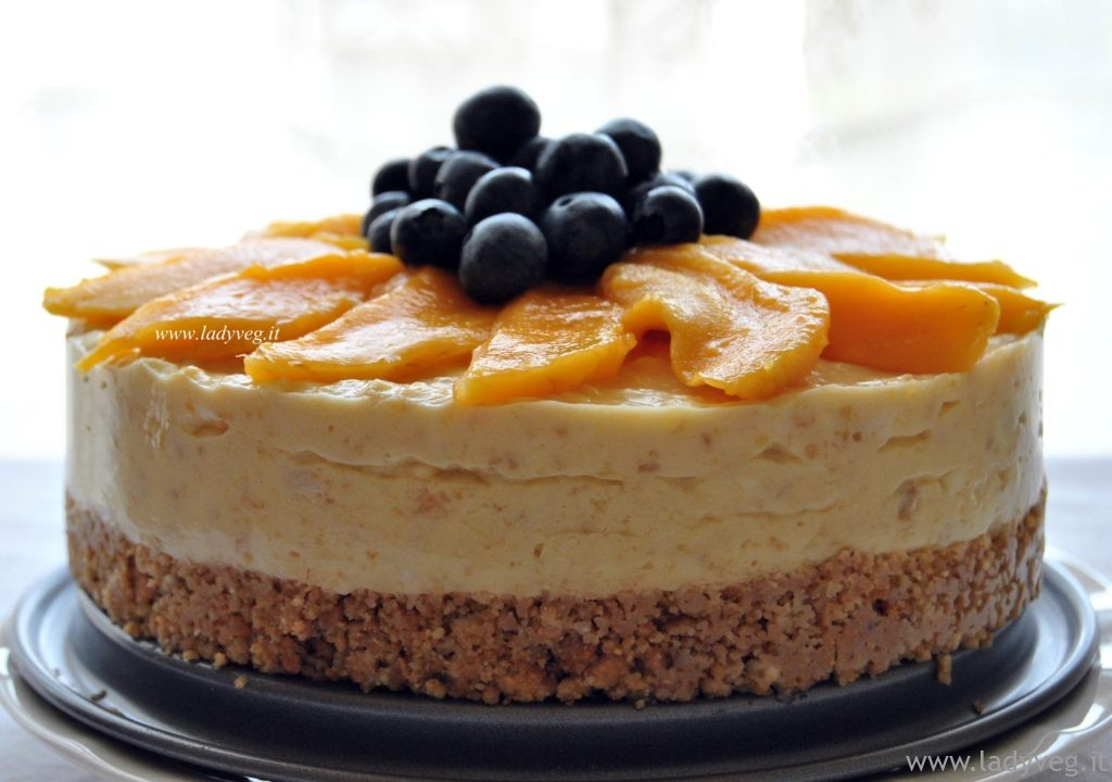 vegan mango cheesecake