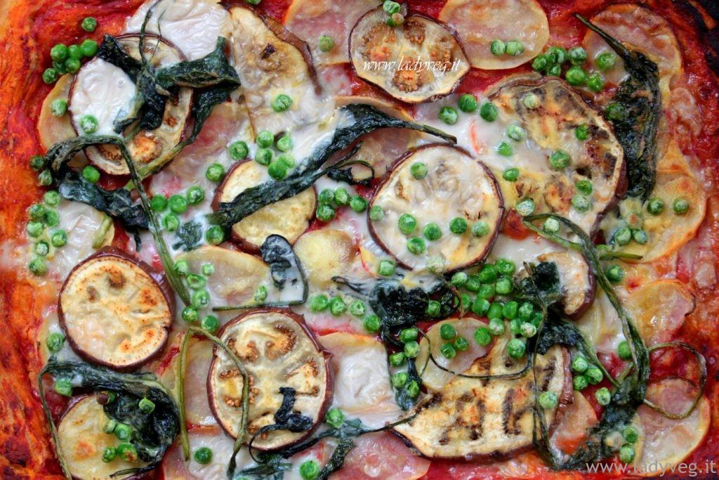 Pizza vegan con pasta madre essiccata