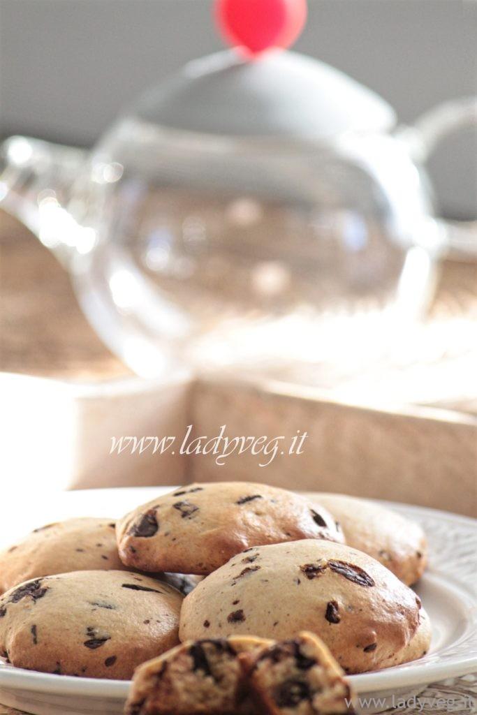 biscotti-vegani-con-cioccolato