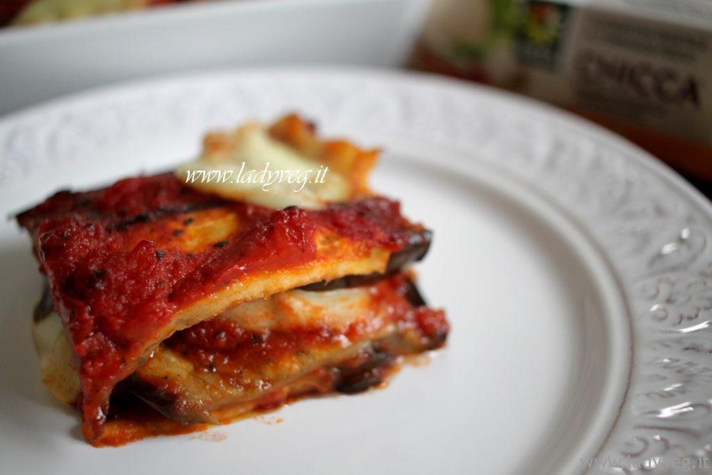 parmigiana vegana melanzane non fritte