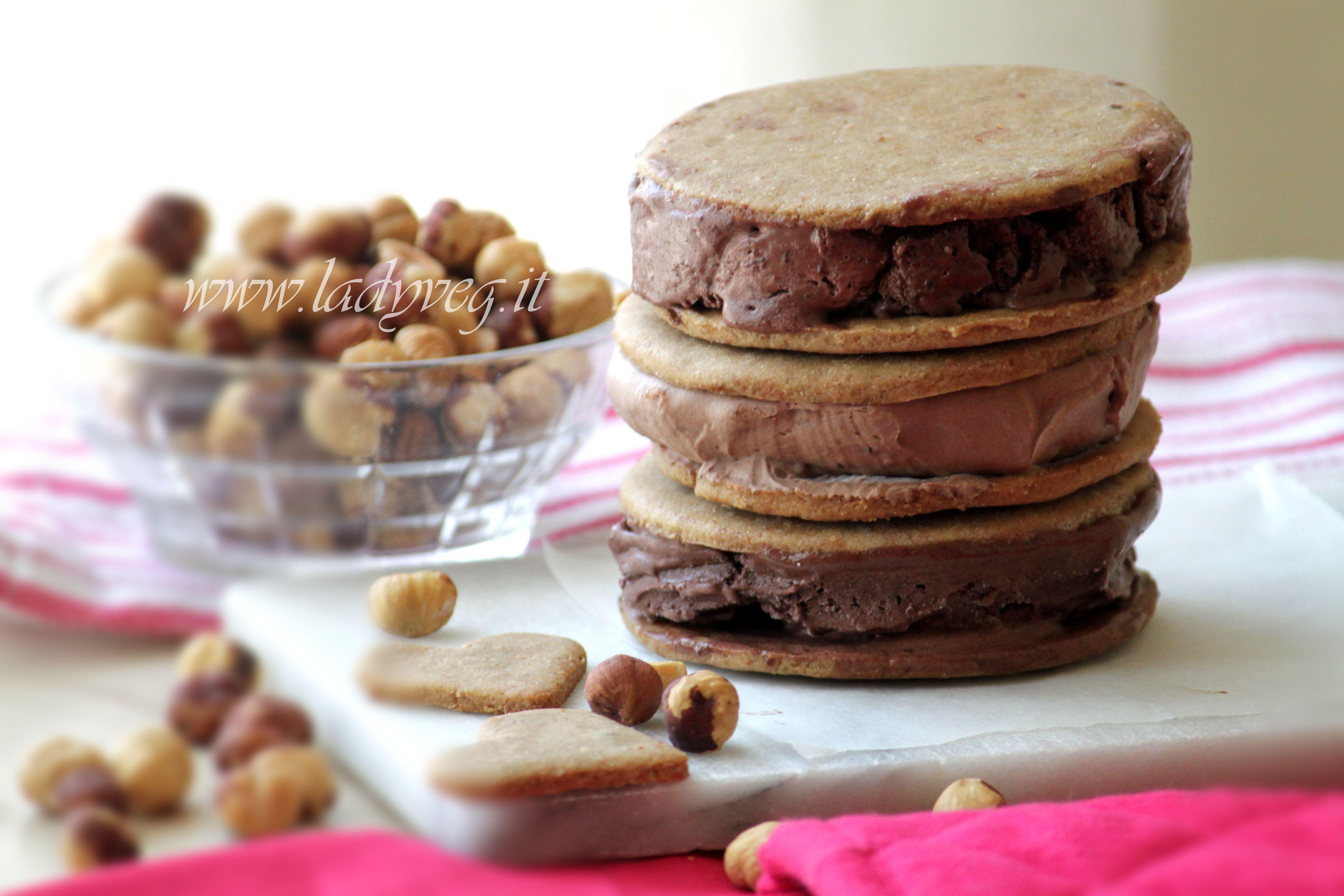 Gelato vegano con biscotto ricetta facile per il gelato - Macchina per il gelato in casa ...