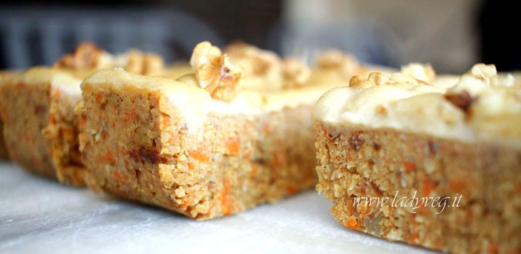 torta crudista alle carote
