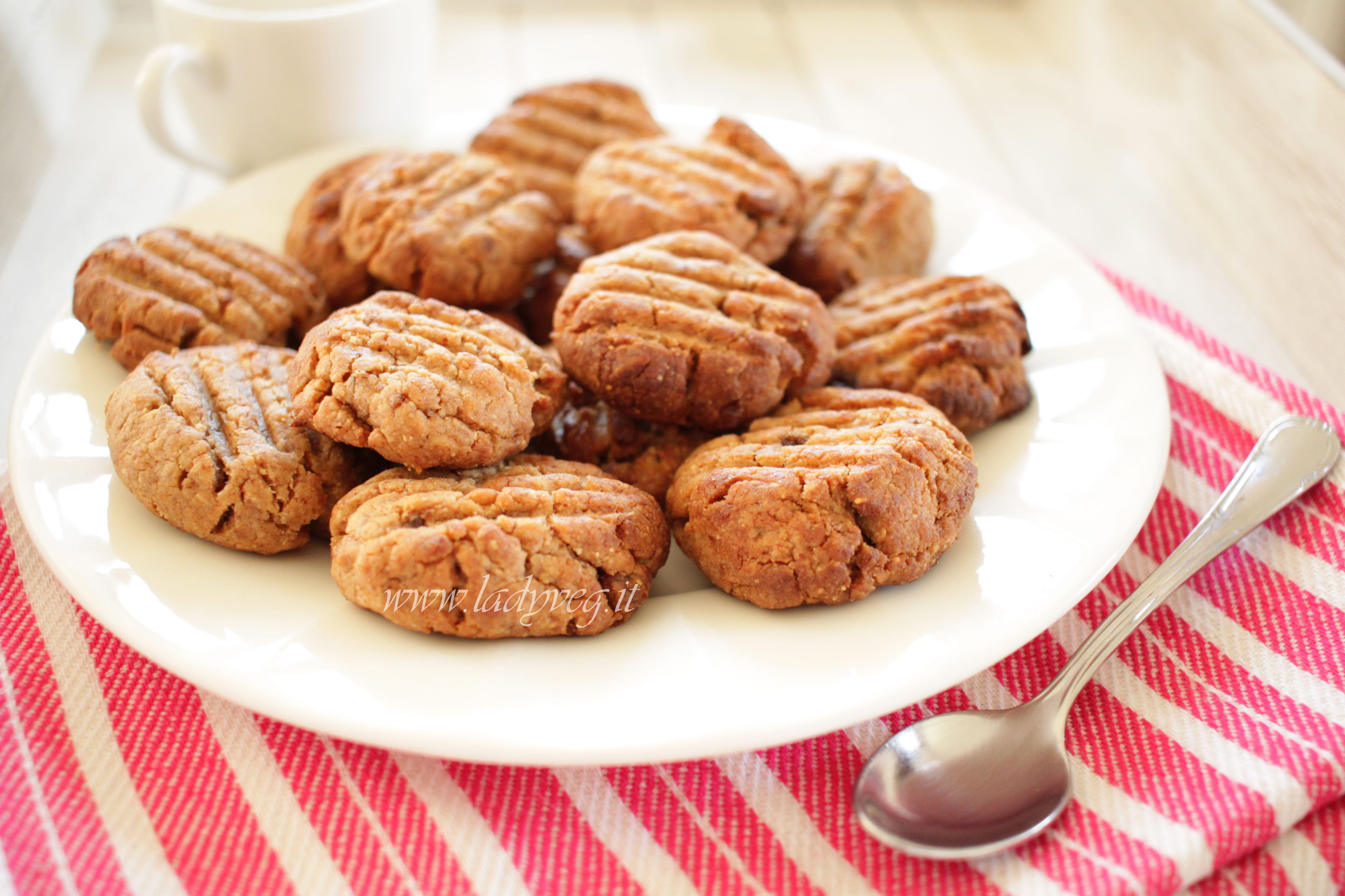 Biscotti vegani al burro di arachidi morbidi,profumati,si sciolgono in  bocca!