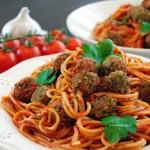 Spaghetti di Lilli e il Vagabondo vegan: con polpette vegetariane al sugo!