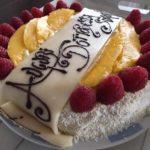 torta vegan farcita con mango e limone