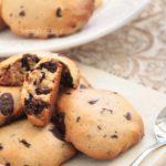 Biscotti vegani con cioccolato: biscotti vegani semplici tipo cookies