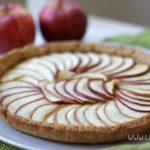 Crostata di mele vegan: ricetta con farina di ceci senza uova, senza burro